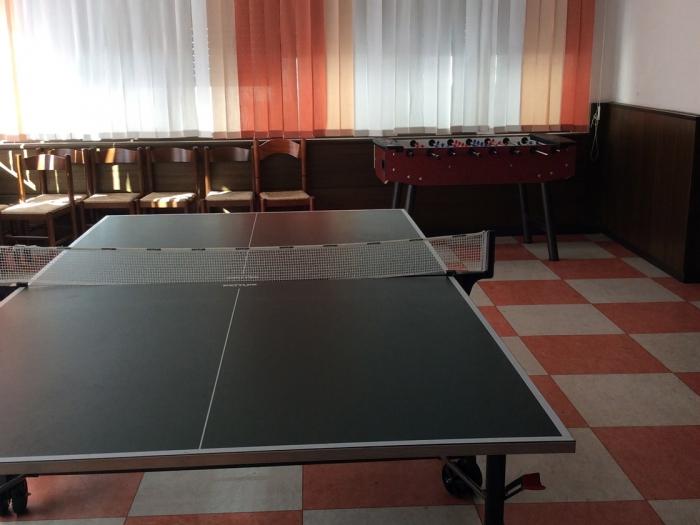 sala-giochi-hotel-centro-levico-terme-trentino.jpg