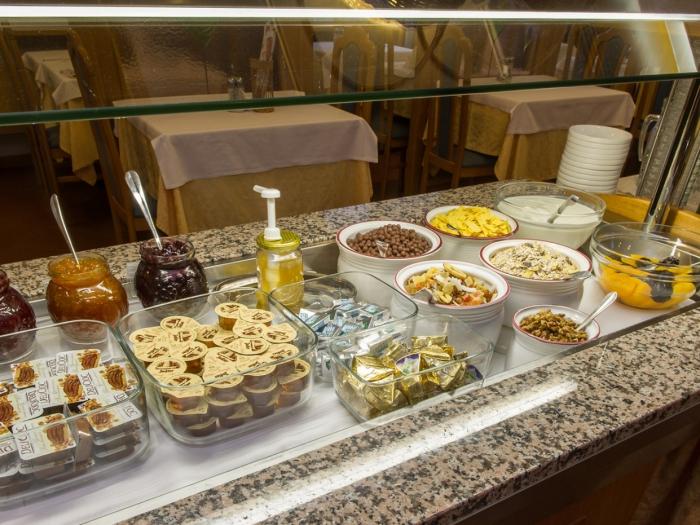 colazione-buffet-centro-levico-terme.jpg